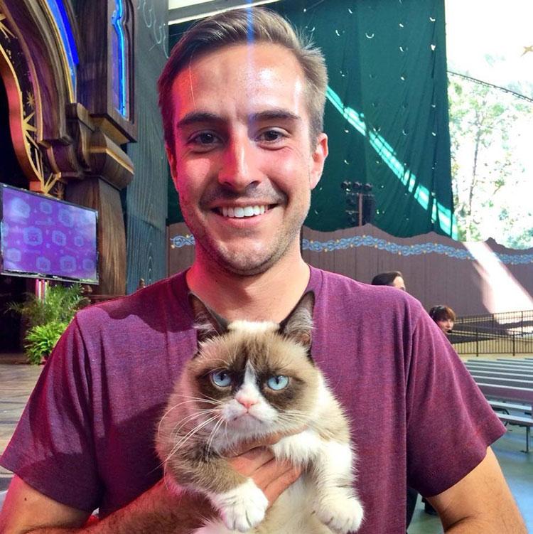 Ridiculously-Photogenic-Guy-grumpy-cat