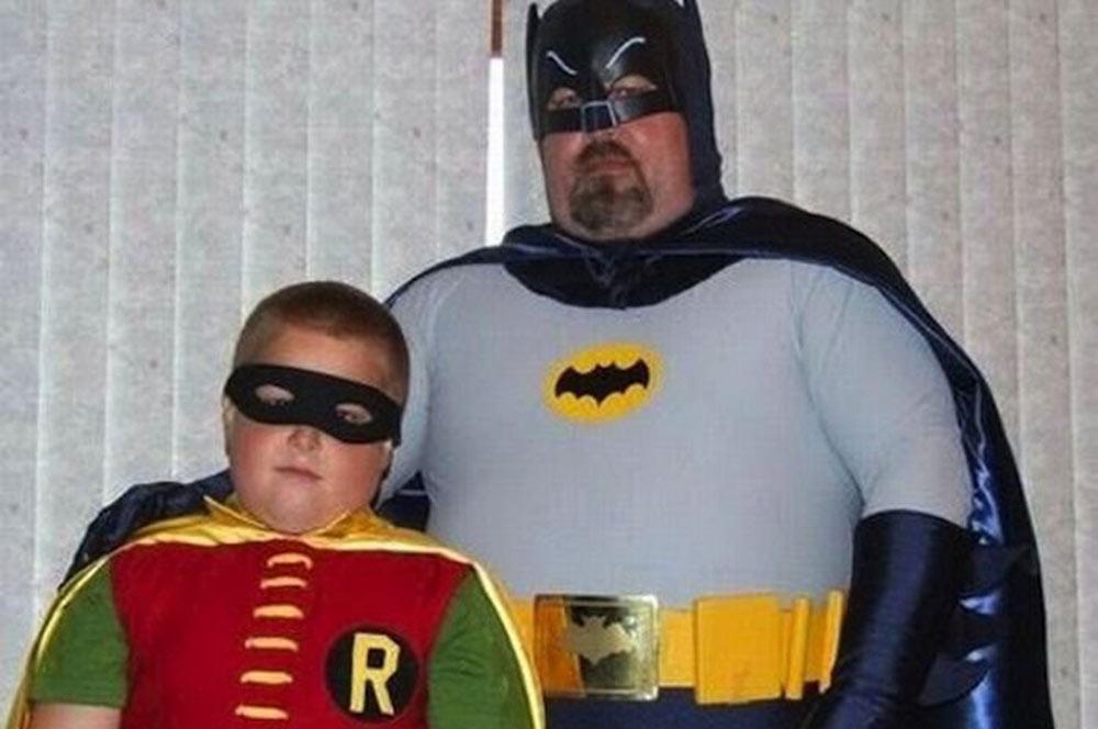 padre-e-hijo-batman-robin-2