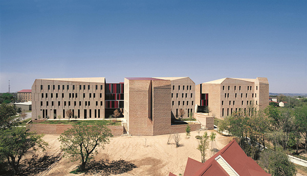 Alejandro Aravena St Edwards University