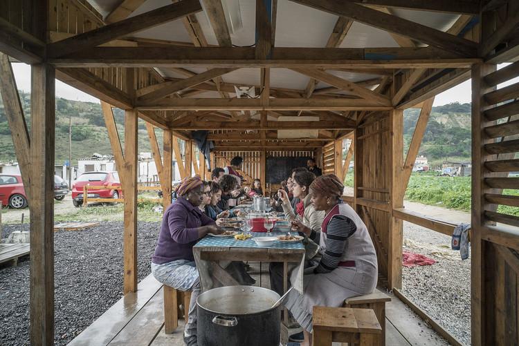 Arquitectura pública: Cocina comunitaria de Terras da Costa