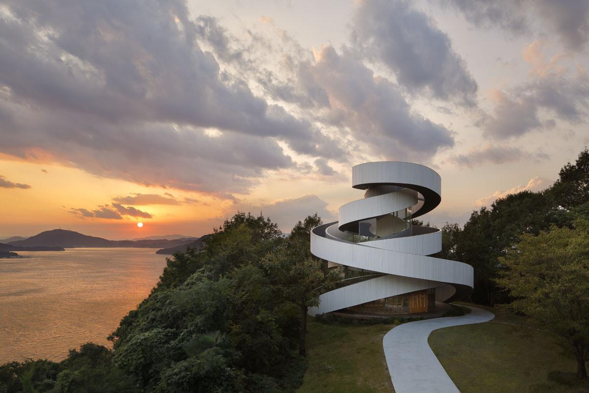 Arquitectura religiosa: Ribbon Chapel